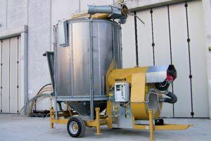 Мобильная зерносушилка STR 13/119T в транспортном положении